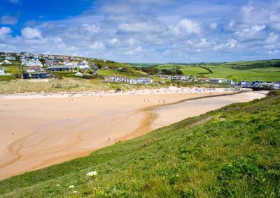 Mawgan-Porth-Beach-from-Cliff
