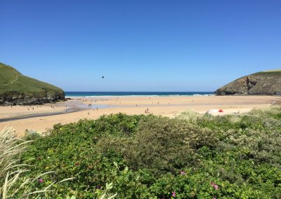 Mawgan-porth-beach-from-dunes